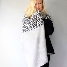 Chester knitted lambswool wrap