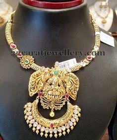 Jewellery Designs: Lakshmi Choker with Diamonds