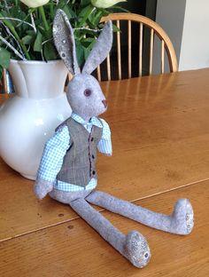 Sharon's Alfie Heart For Kids, Rag Dolls, Handmade Dolls, Soft Dolls, Stuffed Toys, Hare, Teddy Bears, Fun Ideas, Easter Bunny