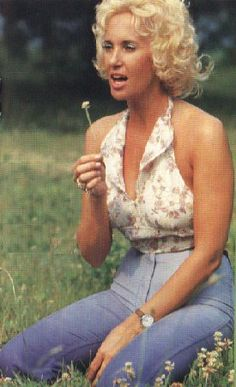 Virginia Wynette Pugh, better known as Tammy Wynette, was born 72 years ago today 5-5 in 1942. Tammy is known best by most for her 1969 hit song 'Stand By Your Man.' Ms Wynette passed in April 1998.
