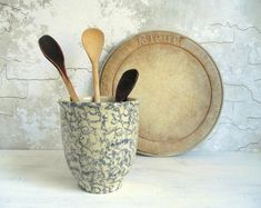 Your place to buy and sell all things handmade Farmhouse Chic, Vintage Farmhouse, Vintage Kitchen, Roseville Ohio, Roseville Pottery, Ohio Usa, Utensil Holder, Beautiful Kitchens, Rustic Decor