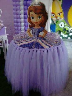 Sofia Disney Princess table