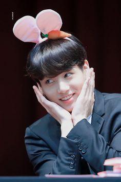 Jimin Jungkook, Bts Bangtan Boy, Galaxy Eyes, Bts Official Light Stick, Old Memes, Cha Eun Woo, I Love Bts, Boy Art, Kpop