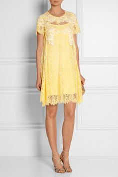 Yellow lace Concealed hook and zip fastening at back 65% nylon, 35% polyester; lining: 97% polyester, 3% elastane Dry clean