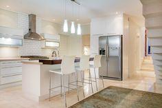 Villa Olivier - Kitchen - Nox Rentals