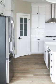 At Oakstone Homes, we look for flooring that resembles reclaimed wood floors. We love character in our flooring and Hallmark Floors. Reclaimed Wood Floors, Natural Wood Flooring, Wood Laminate Flooring, Hardwood Floors, Layout Design, Hardwood Floor Colors, Fresh Farmhouse, Modern Farmhouse Design, Wide Plank
