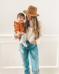 Casual Winter Fashion Outfit. At home look: jeans and sweater. #Momjeans Angela Lanter #AngelaLanter #jeans #sweater #motherhood #mom #baby #cutebabygirl #babygirl #MacKenleeLanter Latest Fashion Trends LATEST FASHION TRENDS | IN.PINTEREST.COM ENTERTAINMENT #EDUCRATSWEB