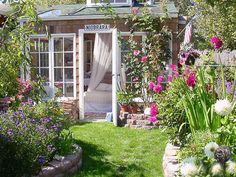 Cottage Garden Retreats http://www.hgtv.com/outdoor-rooms/charming-garden-retreats/pictures/page-2.html?soc=pinterest