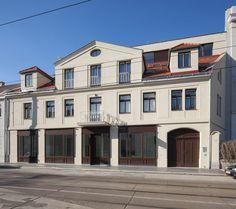 Totalsanierung und Zubau Biedermeierhaus Hietzing Style At Home, Exterior, Mansions, House Styles, Home Decor, Nantes, New Construction, Underground Garage, Modern Home Design
