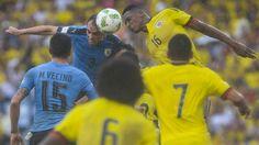 Colombia 1x1:Aguilar y Mina salvan un punto en juego aéreo