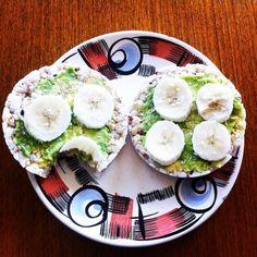 Super tasty. Super healthy. Super fast snack. Rice cakes, avocado, banana