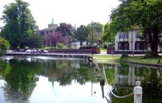 The pond opposite All Saints, Carshalton. I know this place, it's lovely.