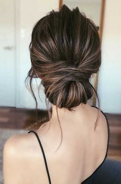Best Wedding Hairstyles Updo Brunette Low Buns Prom Hair 44 Ideas Best Wedding H - All For Bridal Hair Bridesmaid Hair Updo, Bridal Hair Updo, Wedding Hair And Makeup, Low Bun Wedding Hair, Prom Updo, Brown Wedding Hair, Wedding Up Do, Chignon Wedding, Wedding Rustic