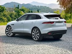 The 2017 Jaguar F-Pace is the featured model. The 2017 Jaguar F-Pace Prestige image is added in the car pictures category by the author on Jun Jaguar Suv, Jaguar Land Rover, My Dream Car, Dream Cars, 2017 Image, Continental, Luxury Suv, Custom Cars, Luxury Cars