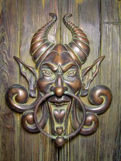 567x756_4543_Doorknocker_sculpture_fantasy_devil_horns_clay_door_knocker_picture_image_digital_art.jpg (567×756)