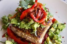 Mexican Tuna Steak, Sweet Red Peppers Avocado Salsa - Yummy and Healthy Paleo Diet Recipes Tuna Steak Recipes, Fish Recipes, Seafood Recipes, Dinner Recipes, Dinner Ideas, Meal Ideas, Lunch Ideas, Chicken Recipes, Good Healthy Recipes