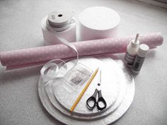 How to make your own cake stand