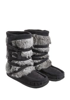 i wish these came in a faux fur option too (Muks - Short Wrap Crepe Mukluk Boots)