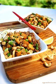 Vege z Miłością: Tofu z nerkowcami Kung Pao Chicken, Food And Drink, Vegan, Ethnic Recipes, Fit, Shape, Vegans