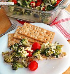 Una receta fácil y rica de pescado al horno con brócoli y jitomate. Con fotos del paso a paso y consejos de...