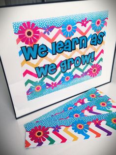 FREE Chevron Flower Themed Bulletin Board Border and Poster Display