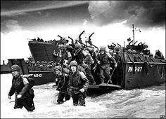 """Polonia y """" El dia D"""" y La Segunda Guerra Mundial.Línea del tiempo sobre el día D con bastante información, muy aparente"""