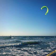 Kite surfers at Scheveningen Beach in the Netherlands | via It's Travel O'Clock