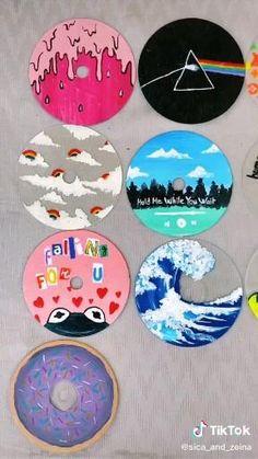 Small Canvas Art, Mini Canvas Art, Diy Canvas, Cd Wall Art, Cd Art, Vinyl Record Art, Vinyl Art, Cd Crafts, Crafts With Cds