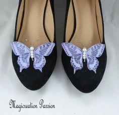clips chaussures papillons soie violet, corps de  perles, modèle Maéva Violet, Chanel Ballet Flats, Sandals, Shoes, Women, Fashion, Grey, Butterfly Shoes, Butterfly Jewelry