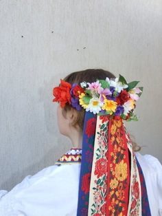 Polish folklore costume from the region of Lublin Folk Fashion, Ethnic Fashion, Poland Costume, Flower Head Wreaths, Visit Poland, Polish Folk Art, Costumes Around The World, Family Roots, Folk Dance