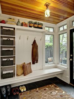 LOVE. Nice mudroom space with bench to sit on, storage baskets and hooks, space for shoes underneath. I wouldn't mind sitting there at those lovely windows looking out into the yard. On the other side I'd have a little hand sink. Garage Entry, Garage Walls, Hallway Furniture, Diy Home Improvement, Outdoor Areas, Mudroom, Tiny House, Living Spaces, Pine