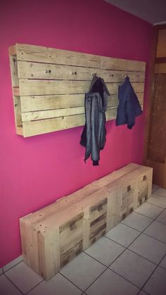 gaderobe aus paletten paletten pinterest. Black Bedroom Furniture Sets. Home Design Ideas