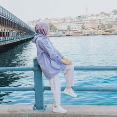 Girl Hijab, Hijab Outfit, Hijab Fashionista, Cute Girl Face, Muslim Fashion, Fashion Outfits, Womens Fashion, Photography Poses, Cute Girls