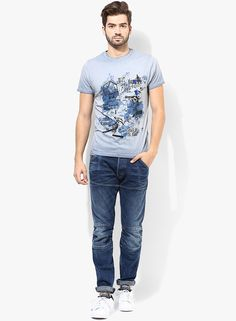 Rule the streets in style wearing this blue coloured T-shirt for men by Jack 879aebd96b