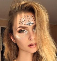 fetsival make up fortune teller magical facepaint glitter make up - Halloween - Haar Pflege Fortune Teller Makeup, Fortune Teller Costume, Gypsy Fortune Teller, Coachella, Gypsy Makeup, What Is Makeup, Best Callus Remover, Eye Tricks, Makeup Tricks