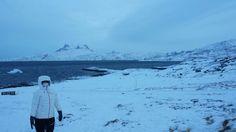 Charlotte og Sermitsiaq i baggrunden