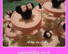 Lembrancinhas da Minie (Artes da Luh) Decorated Jars, Home Decor, Decorating Jars, Cold Porcelain, Mason Jars, Decoration Home, Room Decor, Interior Design, Home Interiors