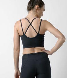 crane & lion studio sports bra black, athleisure, activewear, yoga apparel, womens fitness, strength and style