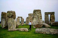 Photo: President Obama visits Stonehenge
