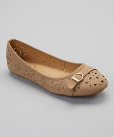 These+breathable+flats+are+the+perfect+pair+to+perk+up+a+work+look+or+put+a+spring+into+steps+through+the+grocery+store.+Dainty+details+like+clever+cutouts+and+a+smart+buckle+add+charm+and+make+these+flats+a+true+breath+of+fresh+air.