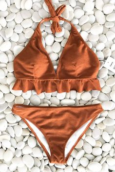 Cupshe Caramel Macchiato Ruffle Bikini S Summer Bathing Suits, Cute Bathing Suits, Summer Suits, Bikini Sets, The Bikini, Bikini Swimwear, Bikini Girls, Sporty Swimwear, Retro Swimwear