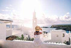 Menorca - the most beautiful destinations, sights & photo spots: Cala Binibeca Menorca, Kombi Home, Lofoten, Banff, Oahu, Places To See, Hawaii, Ibiza, Vacation