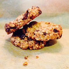 Wat een ontdekking zijn deze koeken! Zo makkelijk, zo lekker, zo gezond :) Ze lijken me ook fantastisch als ontbijt. Tip: maak direct de d...
