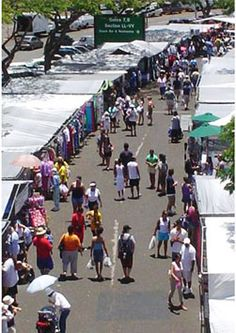 The Hawaii's largest swap meet is a sight to behold, with an enormous range of high quality goods at bargain-basement prices.  Walk the endless rows of merchandise with the best deals in Hawaii and spend the whole day of family fun for only one dollar per person. Experience the Aloha with over 700 vendors, crafters and artists from all over the world showcasing exotic imports, handcrafts, and unique art pieces. Aloha Stadium Swap Meet
