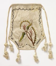Embroidered and sequined silk reticule, French c1799-1810. Cooper Hewitt.