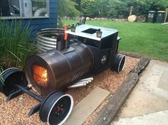 Would be a cute design for an offset smoker.
