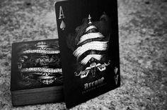 mazo-de-cartas-black-arcane-para-trucos-de-magia-o-poker-9888-MLU20021927685_122013-O.jpg (500×332)