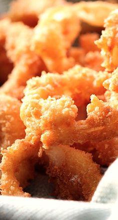 Restaurant Style Onion Rings - Better than your favorite restaurants (like Red Robin)!