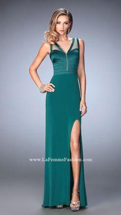 Rochie La Femme Fashion 22301 rochie verde lunga model slipdress din jerse, cu decolteu adanc cu crapatura pe picior, o rochie simpla delicata.