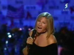 ▶ Barbra Streisand You'll Never Walk Alone . - YouTube